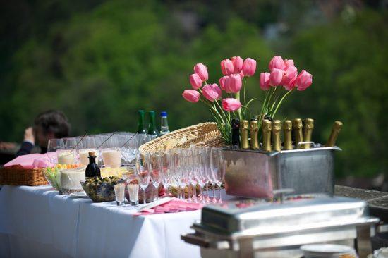 שולחן שמפניות